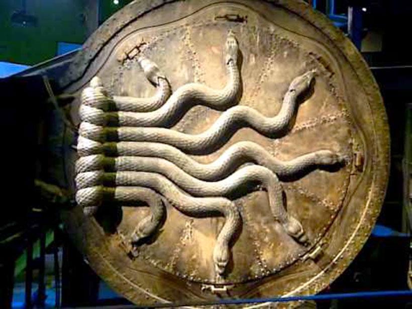 Illuminati-movies-harry-potter-7-snakes