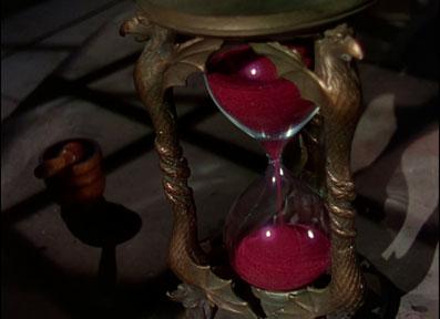 illuminati-movies-wizard-of-oz-hourglass